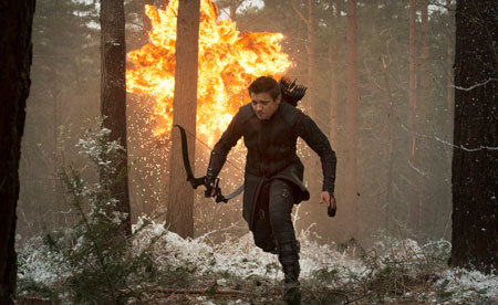 Hawkeye (Jeremy Renner) in action
