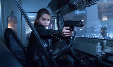 Sarah (Emilia) in action