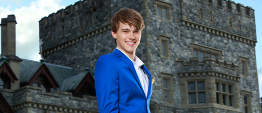 Descendants Sons and Daughters: Mitchell Hope as Prince Ben