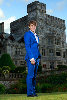 Mitchell as Prince Ben