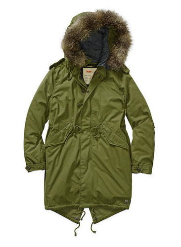 An olive parka like this one is the perfect way to stay cozy on cool fall days!