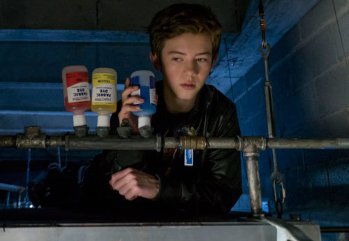 Rafe rigs dye to enter the fire alarm system
