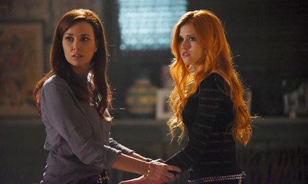 Mom tries to warn Clary that time is up