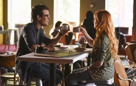 Simon and Clary celebrate her art school admission