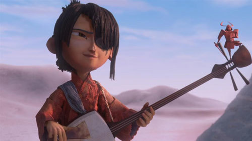Kubo plays his shamisen with tiny Beetle onboard
