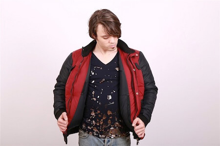 This sporty jacket dries itself in just a minute or two!