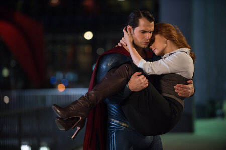 A loving Superman rescues Lois