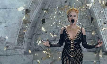 Ravenna casts a spell