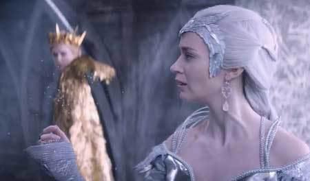 Ravenna (bkg.) and Freya in their magic battle