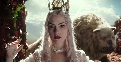 White Queen in danger