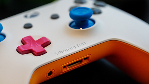 Add a little flair to your new Xbox controller with Design Lab.
