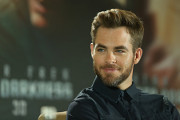 Chris Pine Biography