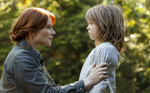 Bryce Dallas Howard is Grace and Oakes Fegley is Pete