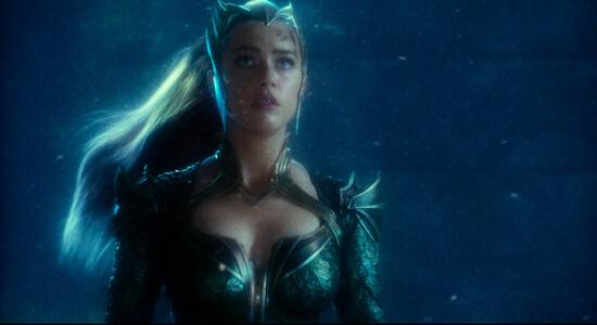 Underwater Queen Mera tells Aquaman to fight Steppenwolf