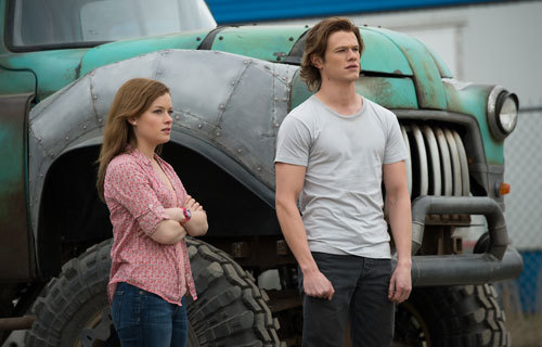 Tripp and Meredith try to figure out how to save Creech