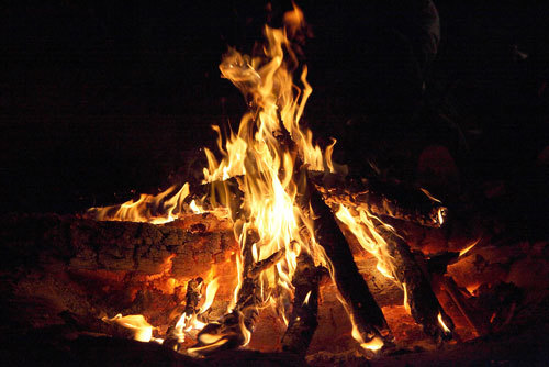 Learn how to make a safe campfire!