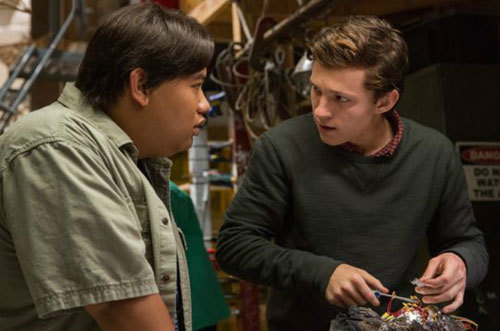 Peter and Ned work on alien weapon