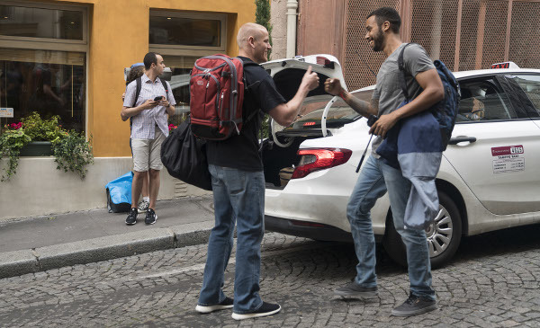 Anthony arrives in Italy to join Spencer