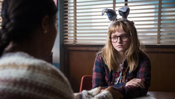 Madison as Barbara talking to school counselor (Zoe Saldana)