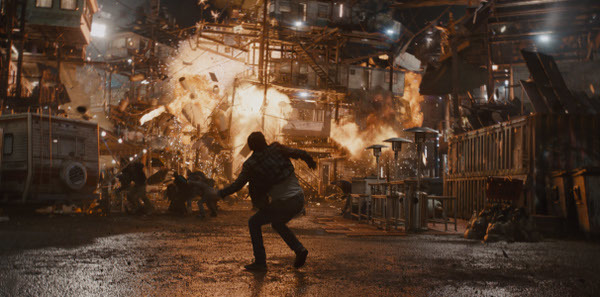 Wade witnesses the stacks blown up by Sorrento