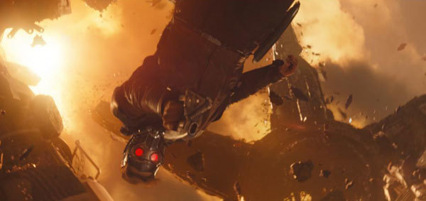 Star Lord fights Thanos
