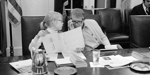 President Jimmy Carter and his daughter, Amy, took a speed reading course at the White House in 1977