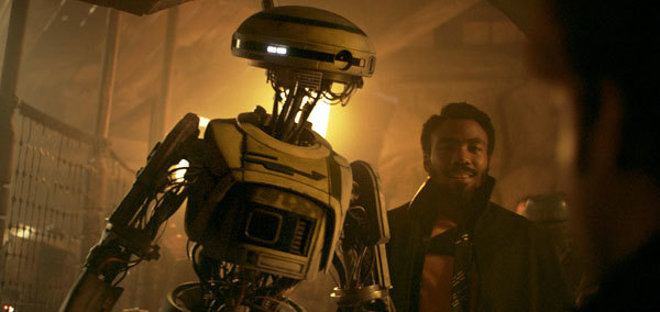Lando brings L-3 along on the mission
