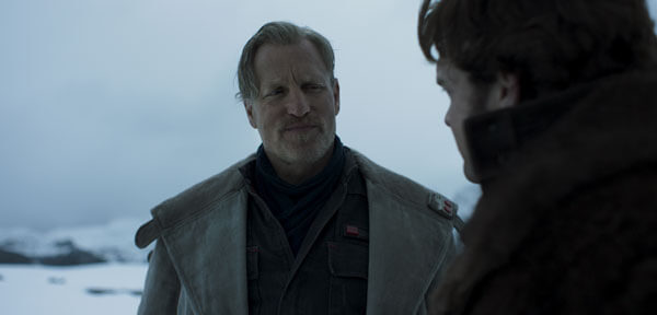 Beckett tells Han not to trust anyone