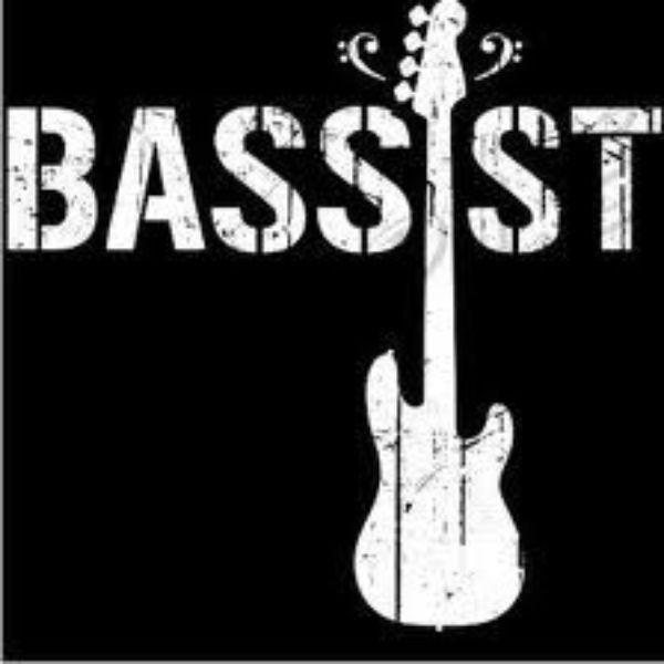 Единственный нормальный басист