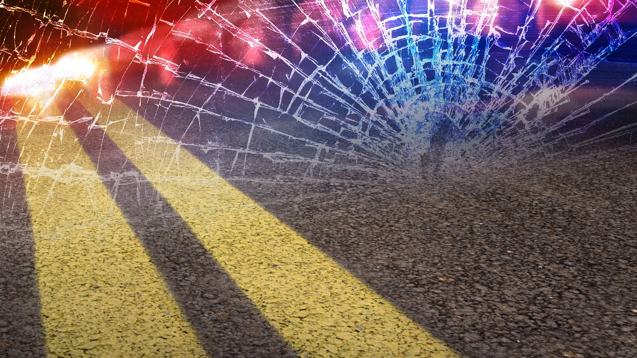 Vehicle strikes median cable barrier in Boone County