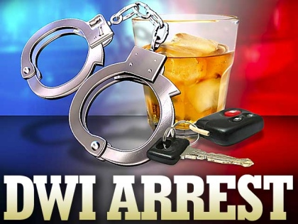 Man arrested for allegedly driving intoxicated, going 104 mph in 70 mph zone