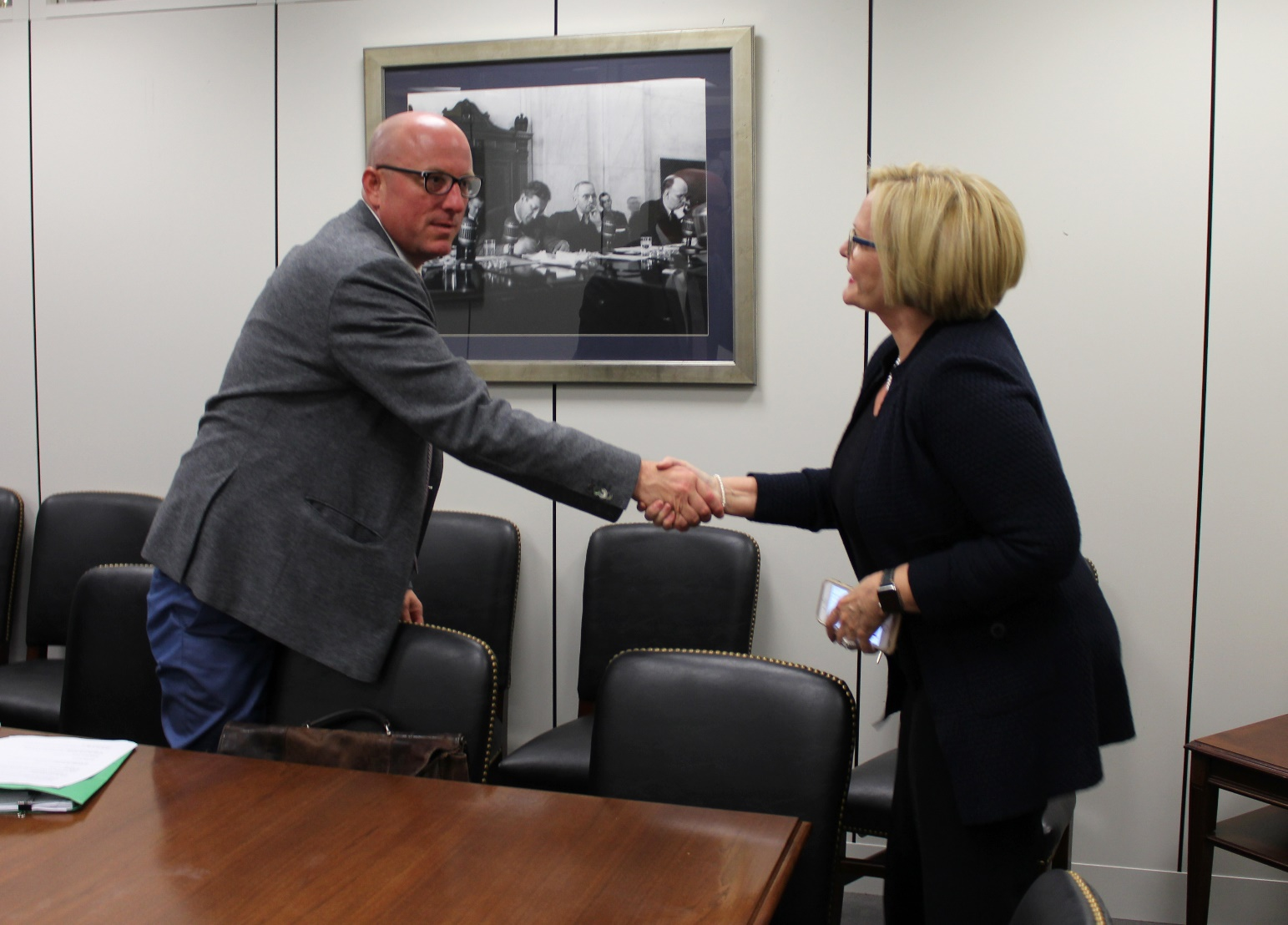 Senator McCaskill meets with SWAT president, talks community safety