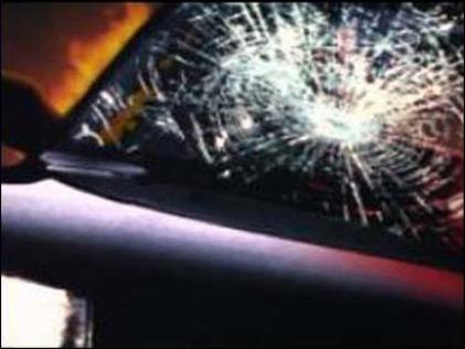 Iowa man strikes shed during crash near Coffey Monday night