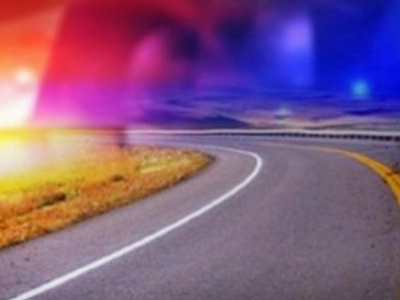 Driver dodges deer but sustains injuries in rollover