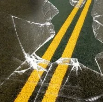 Wind partial cause of injury crash near Moberly