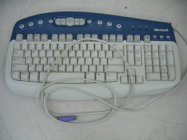 Microsoft KB-0168 Multimedia Keyboard 1.0A