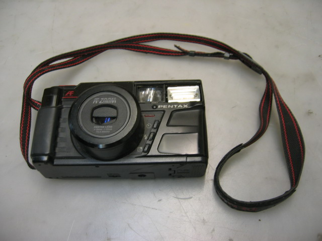 Pentax AF Zoom Macro Point-N-Zoom Camera IQZoom 35mm