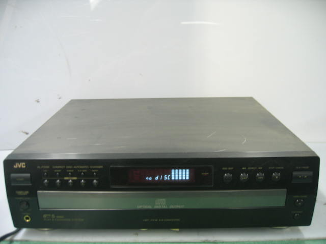 JVC XL-FZ158BK Compact Disc Automatic 5 Disc Changer Play & Exchange System
