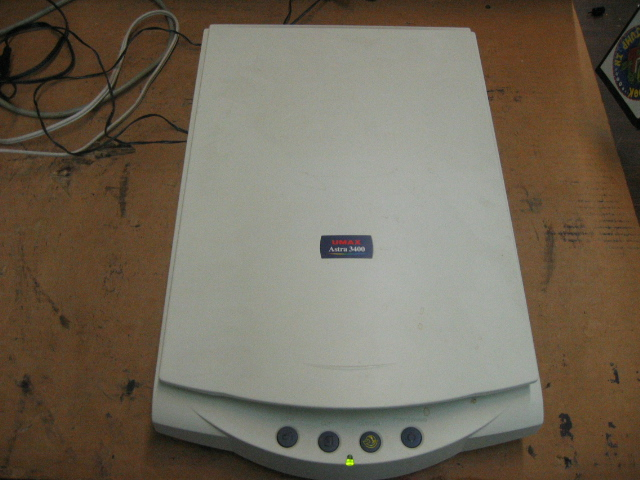 Umax Astra 3400 Flatbed Scanner Parts/Repair. Used. Sold AS-IS for Parts/Repair, Unit powers on, but is untested further. Includes owner's manual and disc.