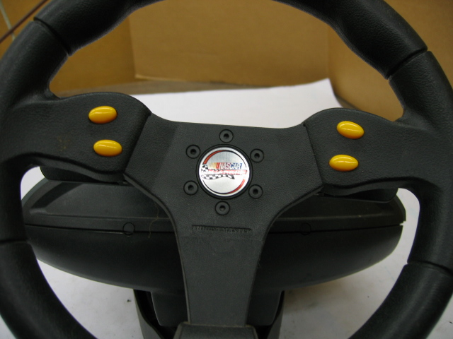 Thrustmaster Nascar Pro Digital Racing Wheel Ps  2