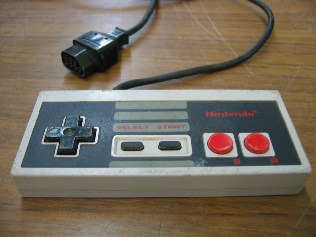 Nintendo NES Controller Model NES-004