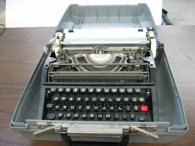 Unknown Brand and Model Portable Manual Typewriter