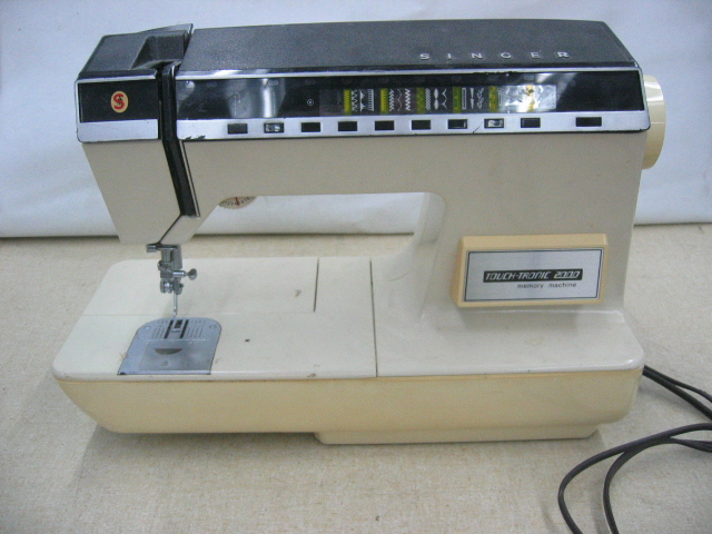 es 2000 sewing machine