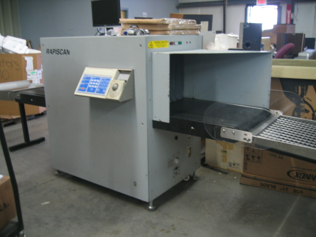 Rapiscan Security Products X-Ray Machine Scanner XRAY Baggage Screener Conveyor