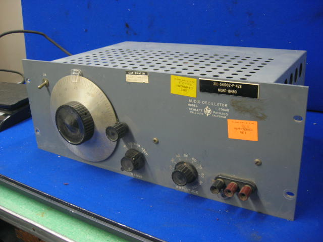HP Hewlett Packard Audio Oscillator 200AB
