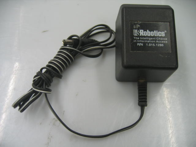 US Robotics TEAC-41-091000A040G AC Adapter Power 9VAC 1A