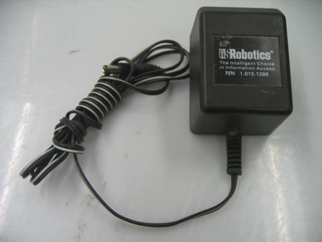 US Robotics TEAC-41-091000A040G AC Adapter Power 9VAC 1A