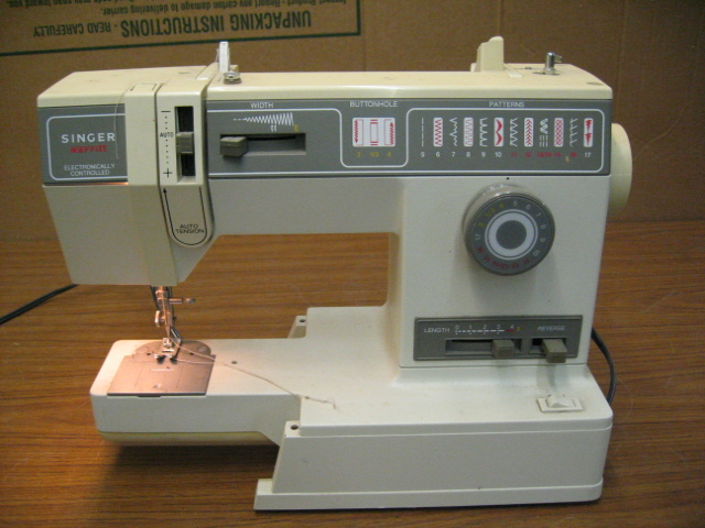 Singer 9444 Merritt Sewing Machine No Foot Pedal