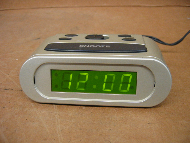 Advance 3038 Alarm Clock