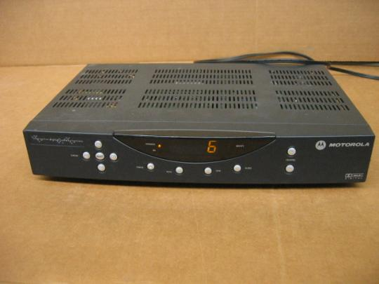 Motorola DCT2524/1631/AL 480294-004-00 Digi Cable Box